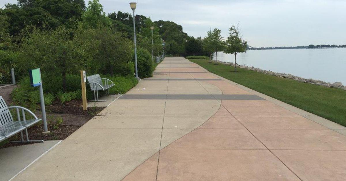 Detroit-Riverfront--Chene-park-gallery-3